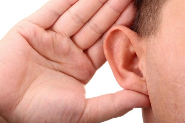 تناول السمك يقي من فقدان السمع المرتبط بالشيخوخة