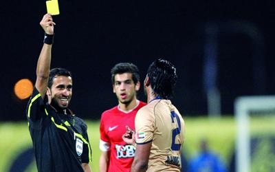 احتساب 778 بطاقة صفراء في موسم دوري الخليج