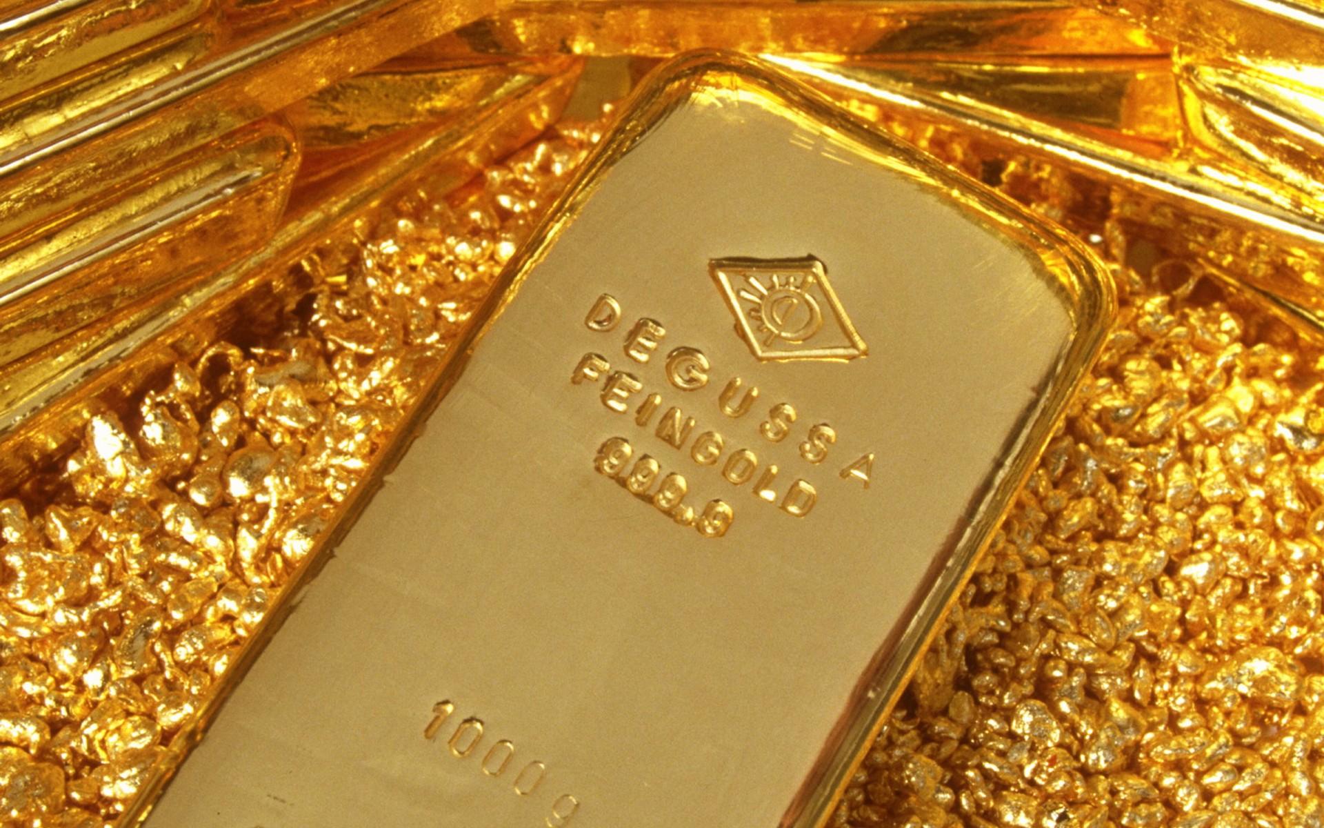 ارتفاع الذهب إلى أعلى مستوياته منذ مارس