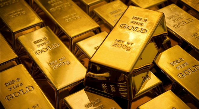 الذهب ينزل دون 1200 دولار مع تراجع الطلب