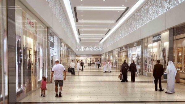 توقعات بنمو تجارة التجزئة في الإمارات بمعدل 33 %