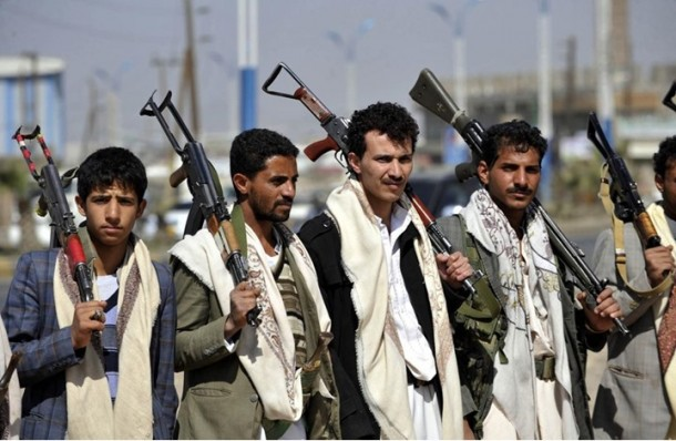 """الحوثيون يقتحمون محكمة يمنية ويطلقون """"إيراني"""" متهم بالتخابر مع إسرائيل"""