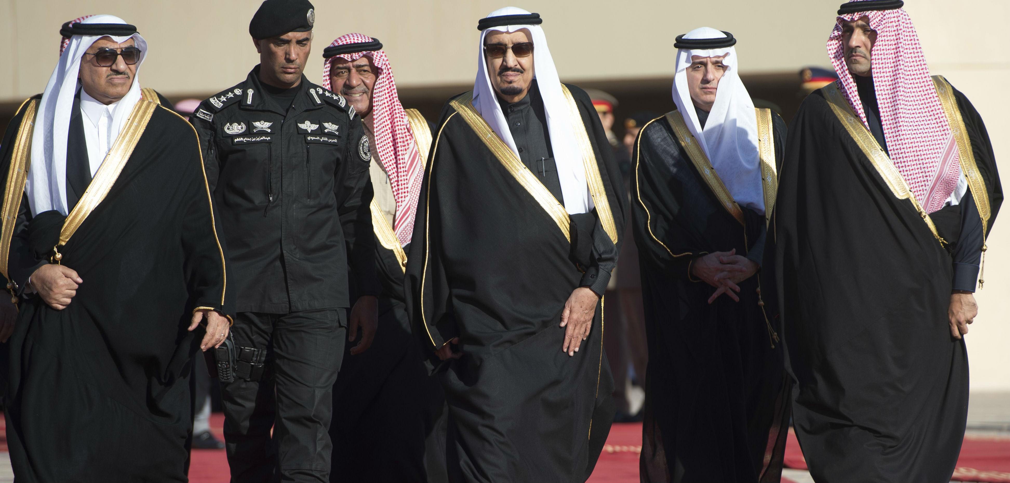 فورين بوليسي: السعوديون مختلفون حول توجهات الملك سلمان