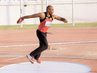 المنتخب الوطني لألعاب القوى يشارك في بطولة موبايل الدولية بالرياض