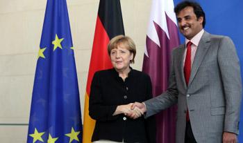 أمير قطر يبحث بألمانيا مكافحة الإرهاب وحقوق الإنسان