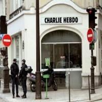 محلل أمريكي: حادثة شارلي إيبدو مدبرة وخدعة صهيونية فرنسية واضحة