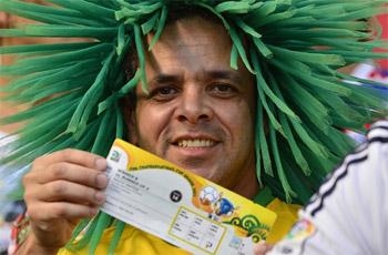 فيفا تعلن عن توفر تذاكر لمباريات مونديال البرازيل
