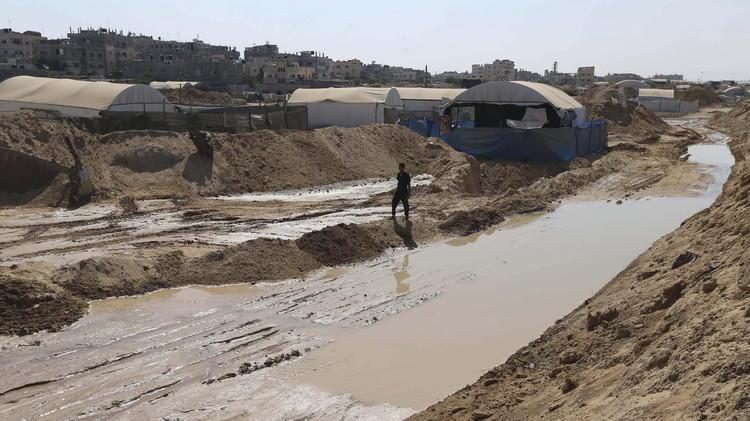"""نظام السيسي يعتبر  إغراق غزة """"حق سيادي وواجب دولي"""""""