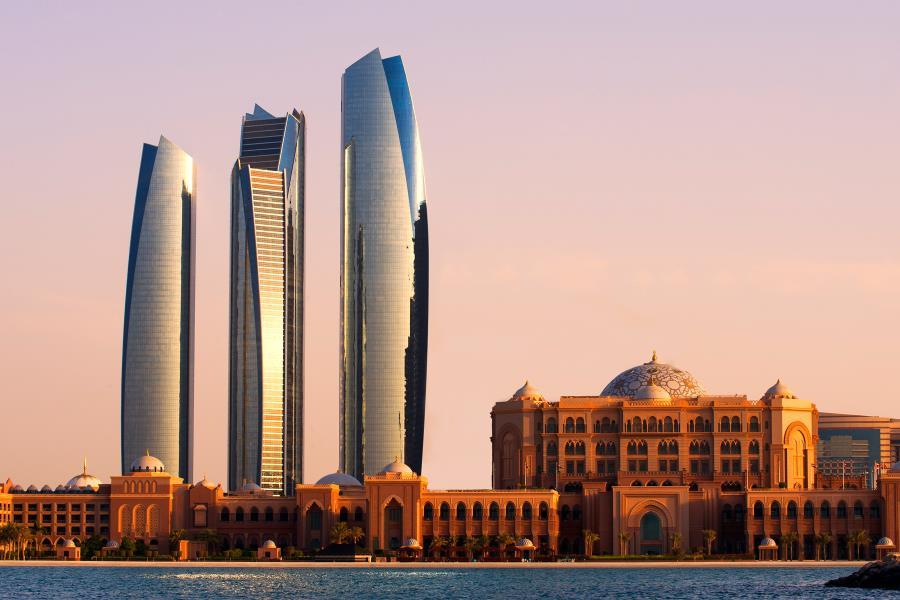 أبوظبي تتصدر الاقتصادات الخليجية في الجدارة الائتمانية