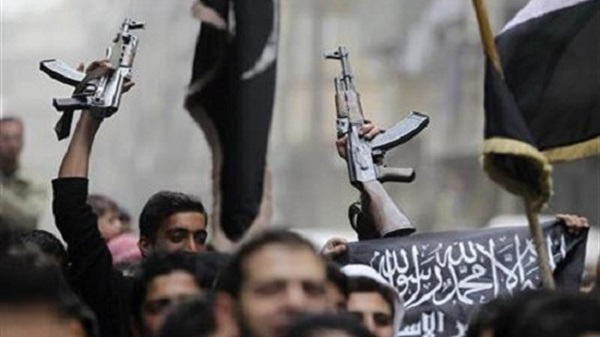 """هل يمتلك تنظيم الدولة القدرة على """"تمرير"""" معلومات لأجهزة المخابرات؟"""
