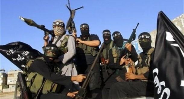موقع أمريكي: داعش يرصد التواجد الأمريكي في الخليج