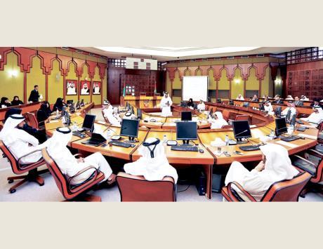 """بلدية أبوظبي """"تقيم"""" إنجازات خططها الإستراتيجية"""