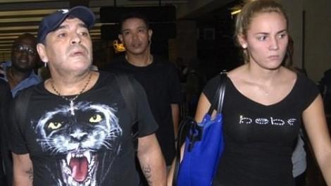 خطيبة مارادونا مهددة بـ 6 سنوات سجن في الإمارات