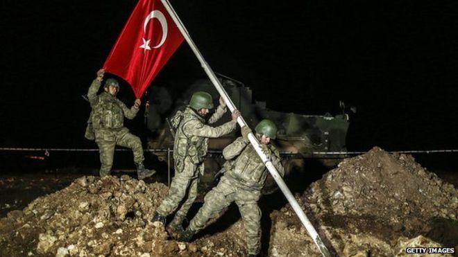 """الإعلام الإيراني: نقل تركيا رفات """"سليمان شاه"""" انتهاك للأراضي السورية"""