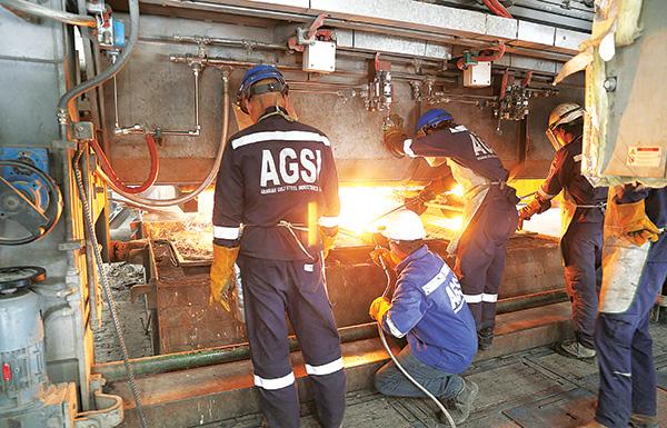 «النقد العربي»: الإمارات تماثل إيطاليا وماليزيا صناعياً بحلول 2025