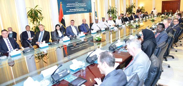القطاع الخاص يموِّل مشروعات حكومية في أبوظبي وينفّذها