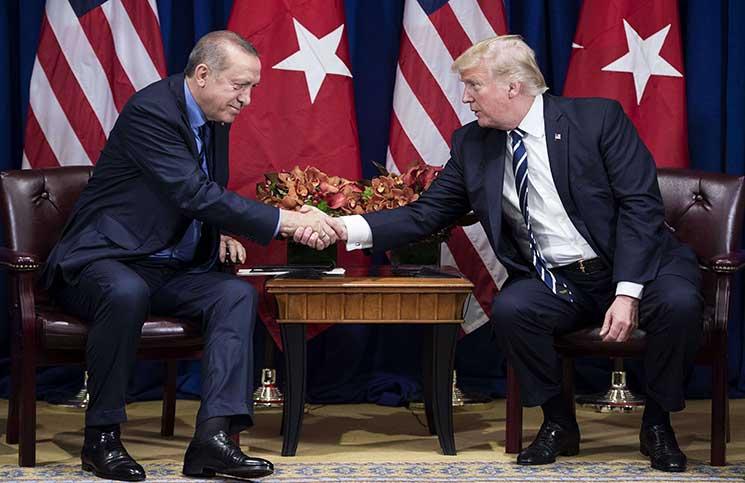 كما فعل مع أمير قطر.. ترامب يشيد بأردوغان ويثني على زعامته لتركيا