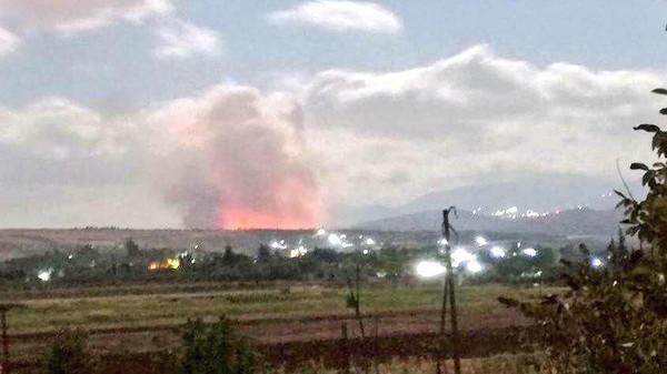 غارة إسرائيلية على حماة تقتل جنديين من النظام السوري