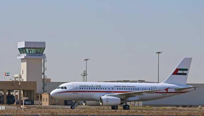 تدشين مدرج الطائرات الجديد في مطار الشارقة الدولي