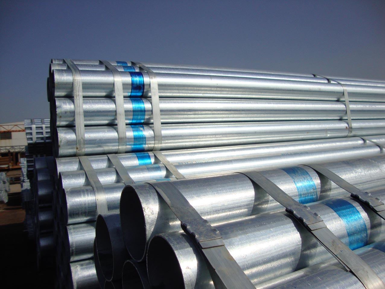 تقرير: مصانع المضخات والأنابيب في الدولة تغطي 50% من الاحتياج المحلي