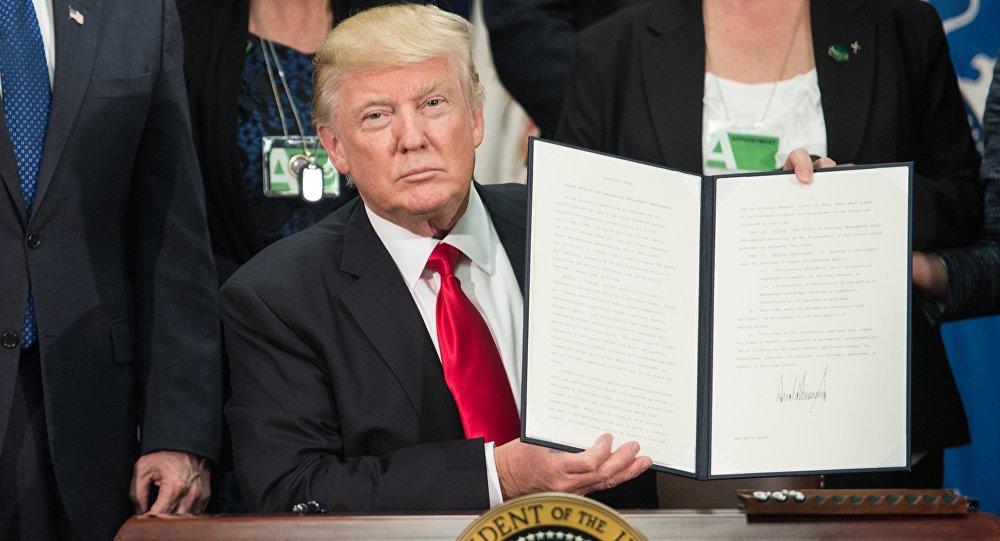 أمريكا تعلن منع مواطني هذه الدول من دخول أراضيها