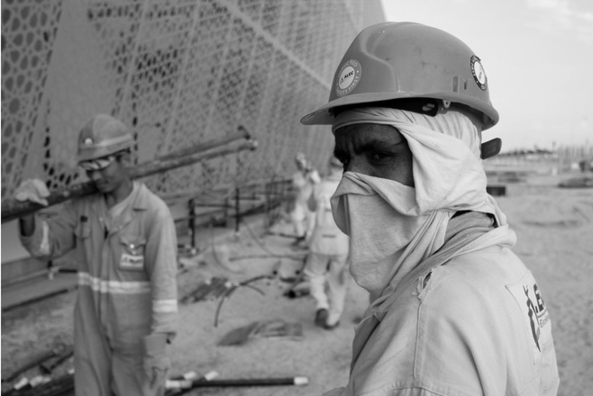"""الإمارات ترفض تقرير """"رايتس ووتش"""" حول العمال في مشروع """"تطوير السعديات"""""""