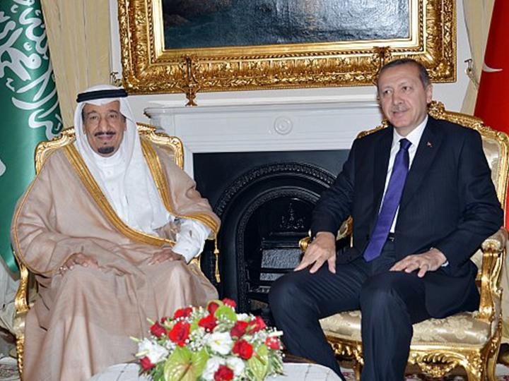 """كيف حرض الإعلام الإماراتي """"الحكومي"""" ضد زيارة أردوغان إلى السعودية؟"""