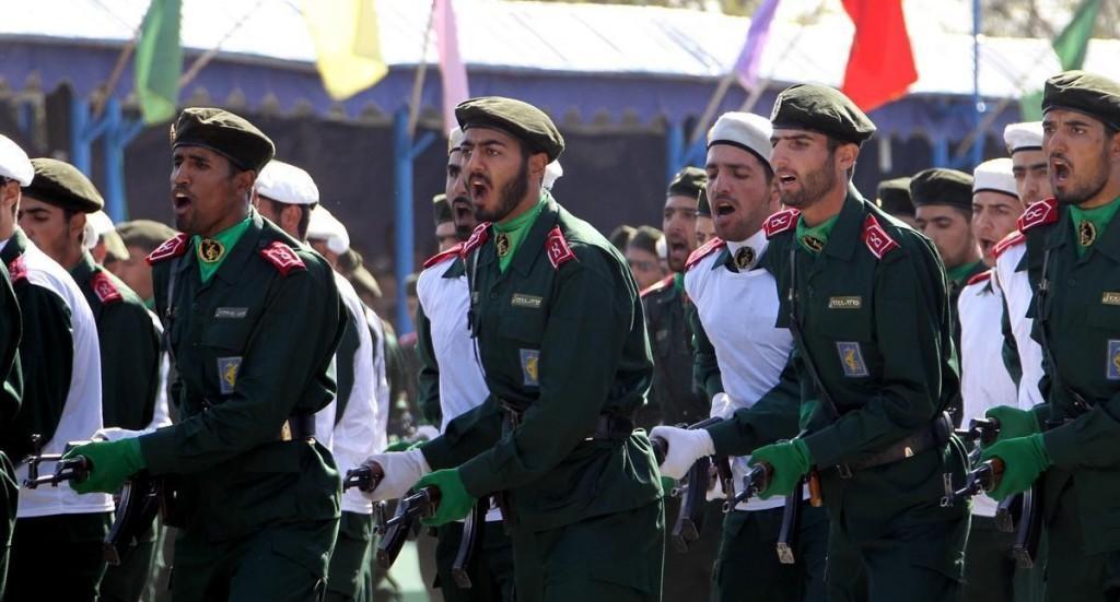 إيران تجند 14 ألف مرتزق أفغاني للقتال في سوريا