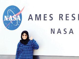 """مهندسة إماراتية تنجز بحثا علميا لـ """"ناسا"""""""