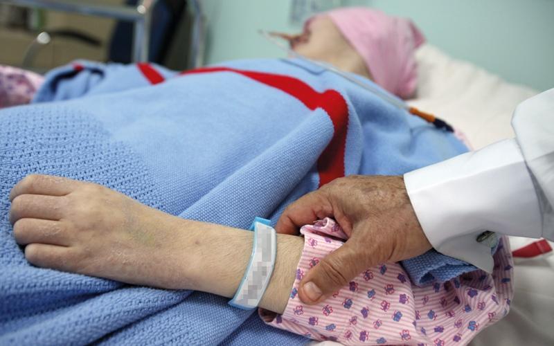 """""""صحة دبي"""" تلزم التأمين بعلاج مرضى السرطان بدون حد أقصى"""