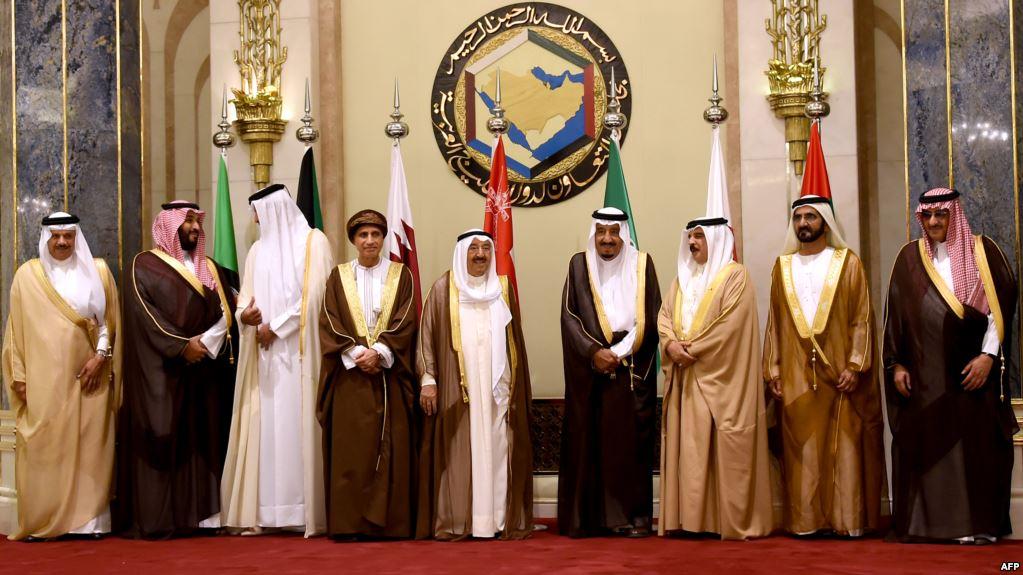 فرانس برس بتقرير حول الأزمة الخليجية: كيف حدث هذا بين الأخوة؟