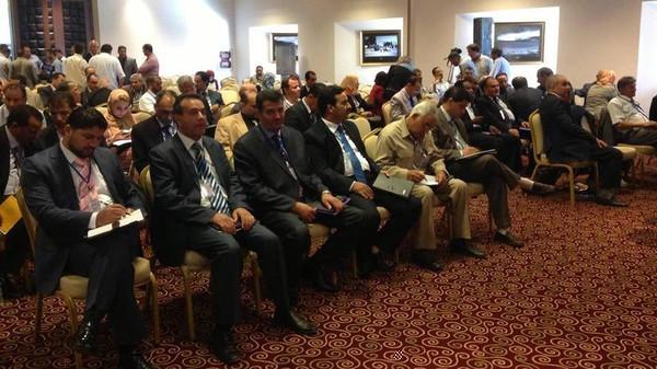 الإمارات والسعودية تحاولان إقناع الجزائر برفض حل برلمان طبرق الليبي