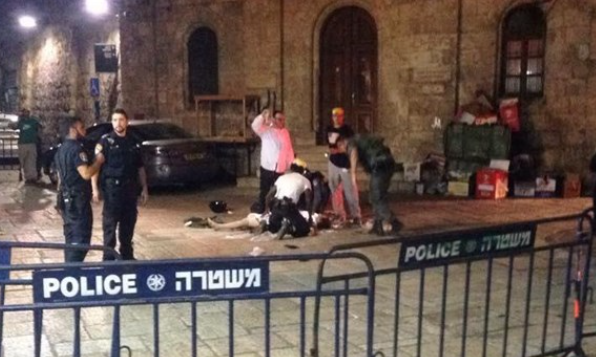 مقتل مستوطن وإصابة 3 بحال الخطر الشديد في عملية طعن بالقدس