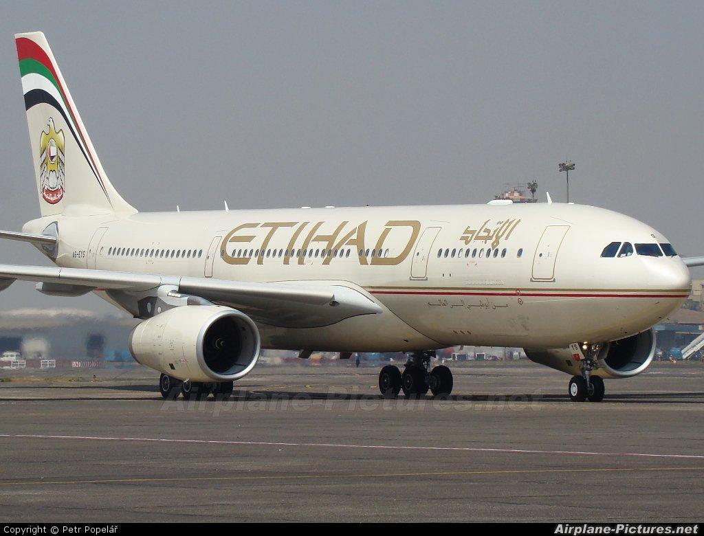 """""""الاتحاد للطيران"""" تسعى لتمويل طلبية طائرات بقيمة 2.2 مليار درهم"""