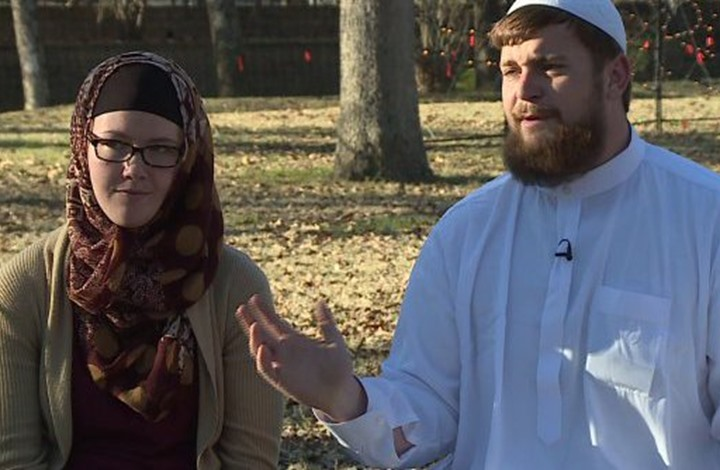 طرد عائلة مسلمة من متجر أمريكي وإبلاغ الشرطة بدعوى الإرهاب