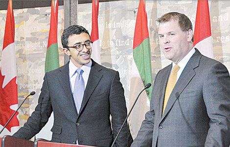 """عبد الله بن زايد: الإمارات تشارك بفعالية في التحالف الدولي ضد """"داعش"""""""