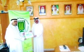 تبرعات لـ282 إمام مسجد تقدمها خيرية رأس الخيمة