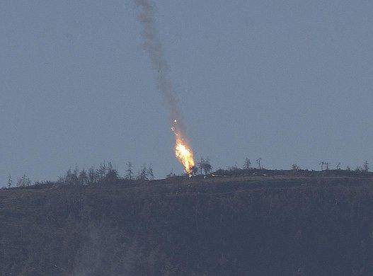 بالفيديو: إسقاط طائرة روسية بعد أن اخترقت المجال الجوي التركي