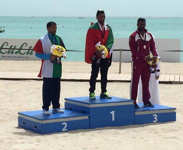 الإمارات تحصد ذهبيتها الأولى في سباق التجديف بالدوحة
