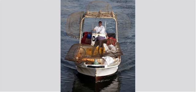 إيران تحتجز 8 مواطنين إماراتيين وقوارب صيد منذ 10 أيام