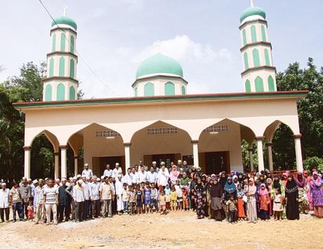 """تدشين مسجد """"زايد بن سلطان"""" في كمبوديا"""