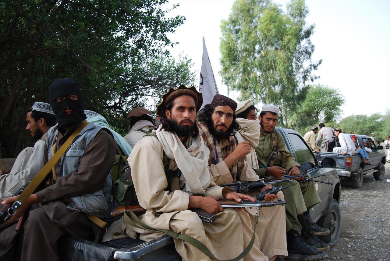 مقتل 11 مسلحاً باشتباكات بين