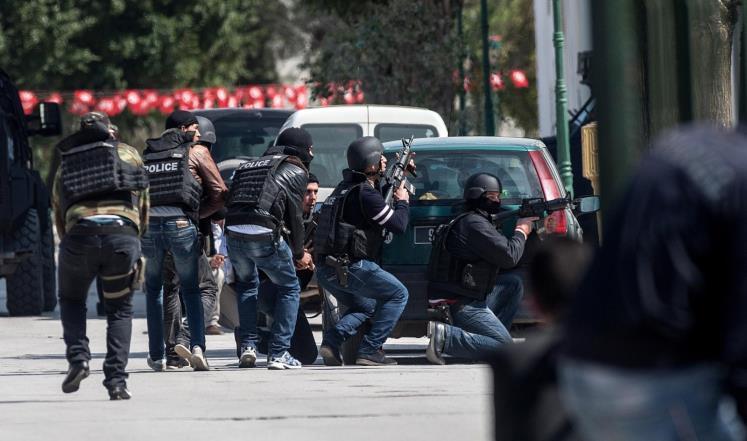 """الإمارات تدين بشدة الهجوم على السياح في تونس وتصفه بـ""""العمل الجبان"""""""