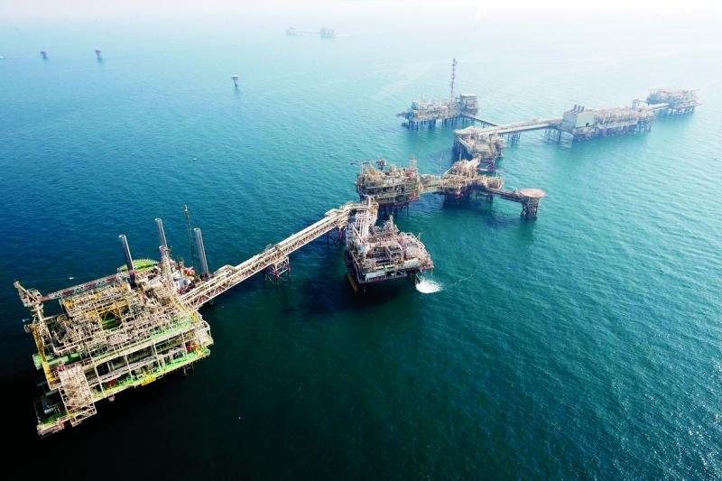 """صدور قانوني شركتي """"أبوظبي البحرية والخدمات"""" و""""أبوظبي البترولية"""""""