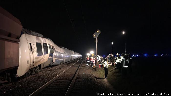 تصادم قطارين قرب دوسلدورف بألمانيا وإصابة عدة أشخاص