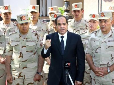 هآرتس: السيسي ينفذ مخططا قدمته إسرائيل لمبارك في 2004 بشأن رفح
