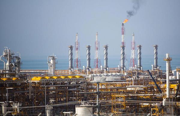السعودية تقرر فرض ضرائب على شركات النفط والغاز