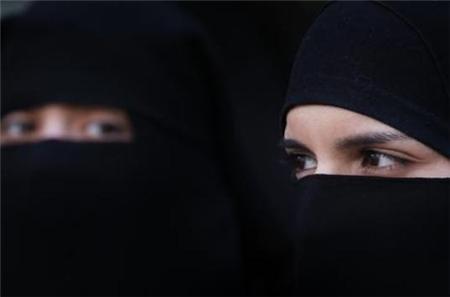فصل طالبات مسترجلات بجامعة الجوف في السعودية