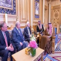 ولي العهد السعودي يلتقي بالرياض وفدا من مجلس الشيوخ الأمريكي