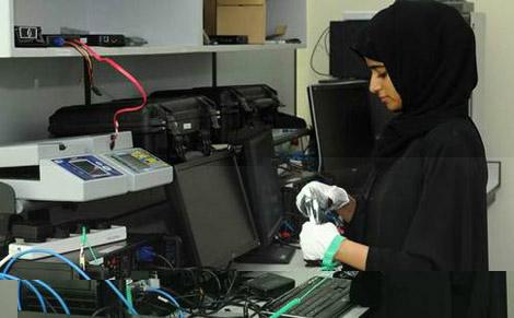 329 قضية إلكترونية تعاملت معها شرطة أبوظبي خلال 19 شهراً